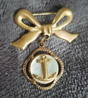 vintage bow anchor sweetheart brooch goldtone mother of pearl