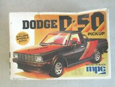 DODGE D-50 PICKUP 1/25 SCALE MODEL KIT W/BOX OPEN 1980 FUNDIMENSIONS