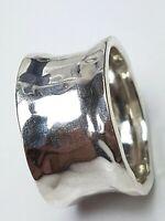 Breiter, nach innen gewölbter Bandring 925 Silber Hammerschlag Dekor RG 60/A778