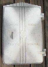 Art Deco Cast Aluminum Cabinet Traffic Signal Light (C)