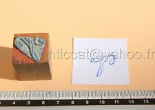 C995 Mercerie ancien tampon encre Monogramme lettre J broderie tissu Embroidery
