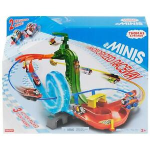 Thomas & Friends MINIS Motorized Raceway Action-Packed Stunt Ramps Playset