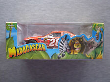 1:24 Scale Stock Car NASCAR The Home Depot Madagascar Tony Stewart #20 - NEW