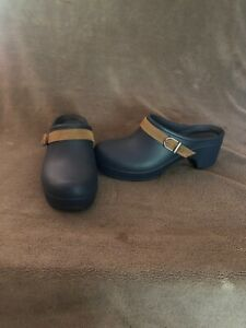 Women's New W/O Tags Crocs Sarah Blue Heeled Mules with Leather Strap Size 7