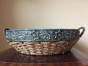 "LARGE Fruit BASKET Decorative 15"" Diameter 4"" High SHIP FREE Wrought Iron Wicker"