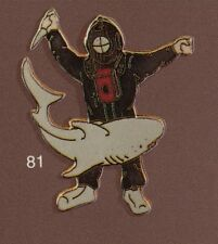 Pin's Demons & Merveilles Cinema Plongée Diving scaphandrier Requin Shark