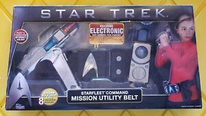 2009 Playmates Toys  Star Trek Starfleet Command Mission Utility Belt MIB
