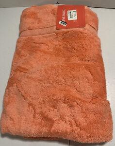 Opalhouse Perfectly Soft Bath Sheet 33 x 63 Georgia Peach Towel