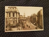 London, The Strand - Vintage Postcard