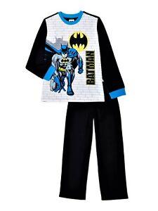 Details about  /Boys DC Comics Batman 3 Piece Pajama Set Size 12 months 4T Shirt Pants Cape