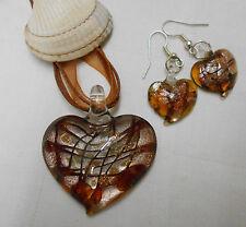Conjunto De Cristal De Murano remolinos en forma de corazón Colgante Collar de cinta de cable + pendientes