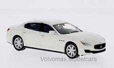 wonderful modelcar MASERATI QUATTROPORTE GS 2013 - white - 1/43