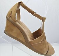 Earth Curvet Wedge Heel Sandals Biscuit Suede Peep Toe Comfort Women's Sz 7.5B