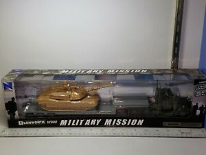 1/43 NEW RAY MILITARY MISSION KENWORTH W900 LOWBOY with M1A1 TANK NO. 15953