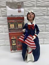 """2011 Byers Choice Original Betsy Ross 13""""Lady Caroler with Flag and Box"""