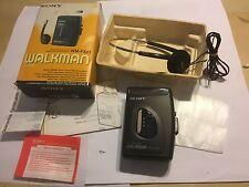 Sony WM-FX21 PERSONAL Radio Cassette Giocatore Walkman in scatola completo cornice in buonissima condizione