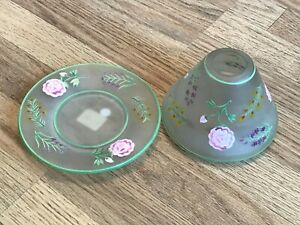 """YANKEE CANDLE """"VINTAGE ROSE"""" GLASS SHADE AND TRAY"""
