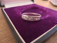 Schöner 925 Silber Ring Zirkonia Glitzer Funkel Viertel Memoryring Modern Design