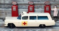 VTG '65 Diecast LESNEY MATCHBOX S&S Cadillac Ambulance No.54B (BPW)