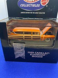 Hot Wheels 100% Collectibles 1959 Cadillac Eldorado Woodie  with Real Riders