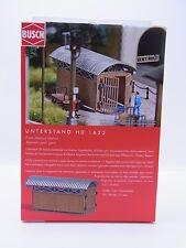 LOT 44160   Busch HO 1622 Unterstand - train station shelter Bausatz NEU in OVP