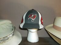 FITTED NFL Reebok Tampa Bay Buccaneers Ball Cap 7 1/4  EXCELLENT CONDITION