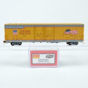 Micro Trains NSE Union Pacific 60' Waffle Side Plug Door Box Car 18-01 N Scale