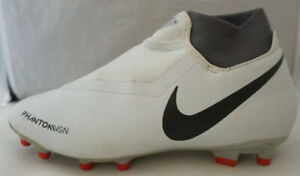 nike ghost vsn youth size 5.5 soccer cleats