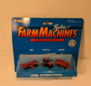 2 Ertl Farm Machine Replica Micro Size Farm Massey Ferguson & Case International