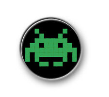 "RETRO GAMING / 1"" / 25mm pin button / badge / online / consoles / computers"