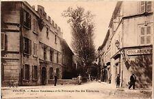 CPA  Avignon - Maison Renaissance et la Pittoresque Rue des Teinturiers (511428)