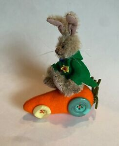 "DEB CANHAM ""BUNNY WHEELS"" TAN MOHAIR BUNNY ON CARROT CAR- 5""- FULLY JOINTED"