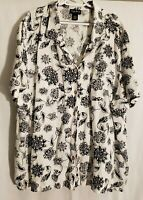 Maggie Barnes-White Black Floral Tribal Short Sleeve Linen Button Shirt Top-4X