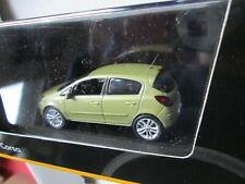 Opel Corsa D grünm. 1:43 von Norev