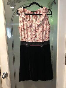 Louis Vuitton size 42 black velvet/ Cotton dress