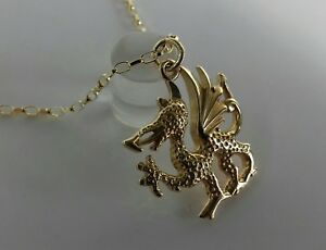 9ct Gold Solid Large Welsh Dragon 20 inch Pendant. Hallmarked. 4.8 Grammes.
