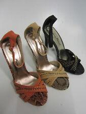 Sandali e scarpe spillo nero di sera per il mare da donna