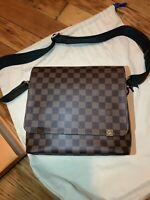 LOUIS VUITTON AUTHENTIC Damier Ebene District PM BRAND NEW, SOLD OUT STYLE