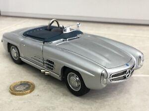 Cmc 1:24 1957 Mercedes-Benz 300 SLS classic vintage Sports racer model rare 118