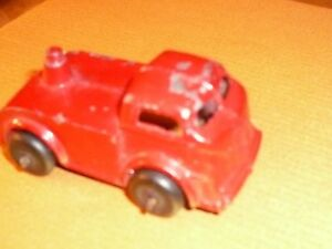 - VINTAGE ERTL 1931 DIECAST BA 1/72 SCL RED FIRE ENGINE TRACTOR CAB Rub.Tires