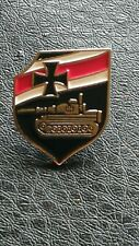 COLLECTABLES WW1 WW2 GERMAN MILITARY TANK IRON CROSS PIN BADGE MEDAL