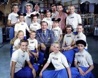 """WALT DISNEY w/ CAST FROM """"THE MICKEY MOUSE CLUB"""" - 8X10 PUBLICITY PHOTO (AZ651)"""