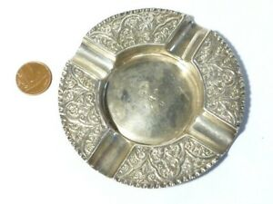 1887 Victorian Solid Silver Ashtray by W. Thornhill Repousse Floral Pattern 45g