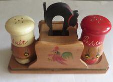 Ensemble salière et poivrière en bois peint