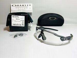 New Oakley Radar EV Path Steel Frame Clear /Black Photochromic lens Transition