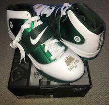 5ff94f17f54 RARE Oregon Ducks Nike LeBron James Zoom Soldier IV 4 TB Promo Green PE 11.5