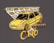 Pin's voiture / Clio Renault (signé Arthus Bertrand) - version jaune