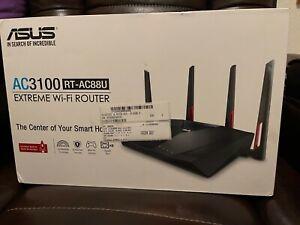 ASUS AC3100 1000 Mbps 8 Port 2167 Mbps Wireless Router (RTAC88U)