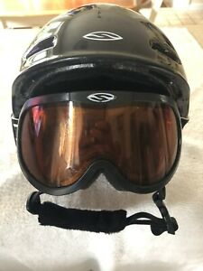 Youth Ski/Snowboard Helmet With Goggles Sz S