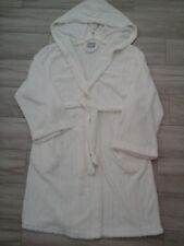 Ulta Women Solid Off White Ribbed Poly Fleece Hooded Short Wrap Robe      Size M